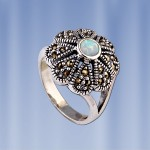 Кольцо серебряное. Опал & Марказит